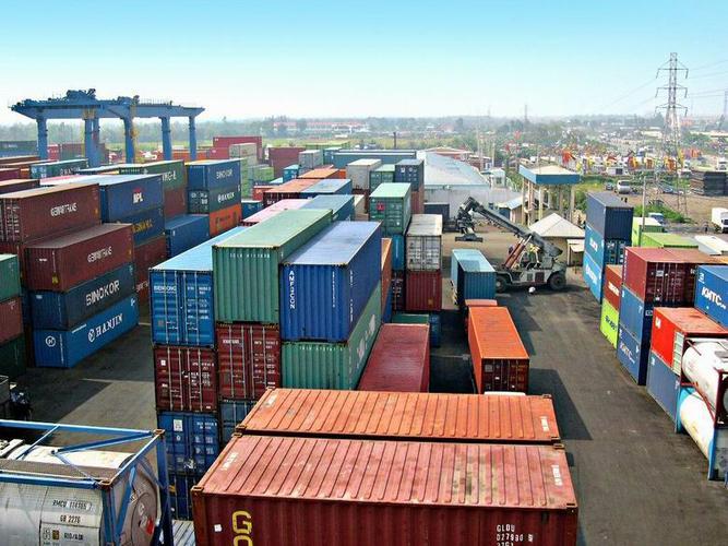 Dịch vụ vận chuyển hàng Container (FCL)